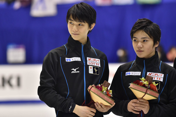 Yuzuru Hanyu and Shoma Uno (Dec. 25, 2015 - Source: Atsushi Tomura/Getty Images AsiaPac)